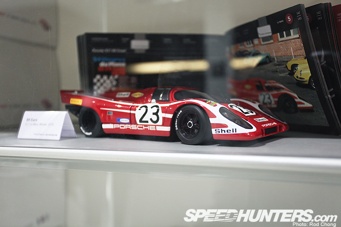 Collectables>> The Porsche Museum Shop