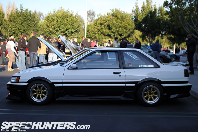 Event>>cars & Coffee 12-10-11 Pt.3