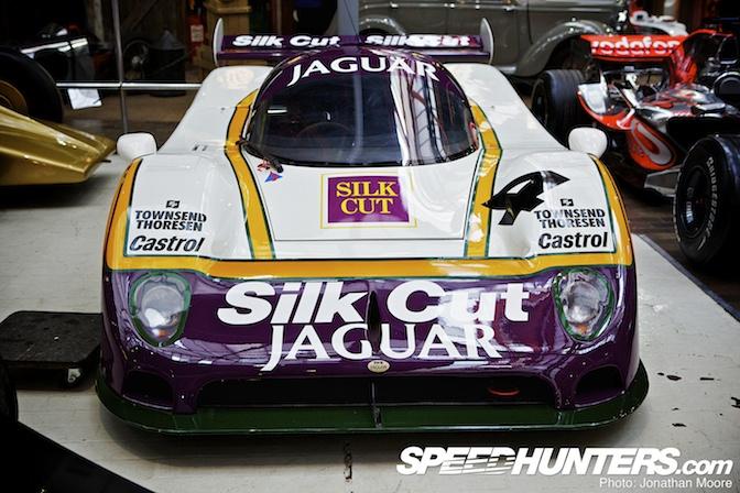 Car Spotlight>> JaguarXjr-8