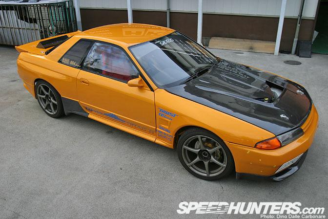 Car Feature>> Garage SaurusDrag-r