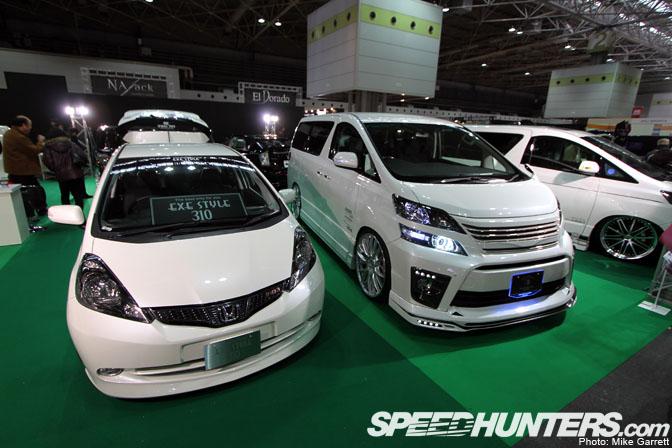 Event>>osaka Auto Messe: Van & CompactMania