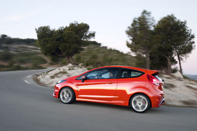 News>>ford Debuts The FiestaSt