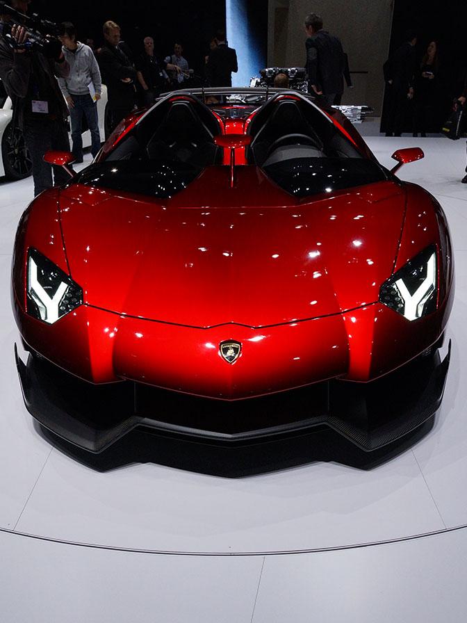 Car Spotlight>> Lamborghini AventadorJ