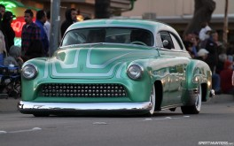1920 x 1200 – Cruisin' '51 Chevy  Photo by Mike Garrett
