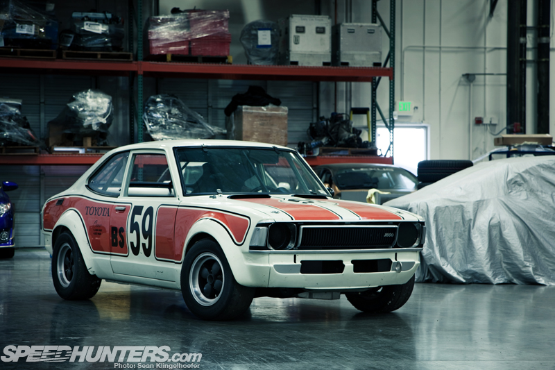 Car Feature>> <br/> Chuck Wade's Te27 Corolla