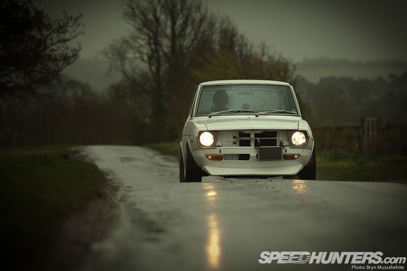 Car Feature>> <br />  Run Baby&nbsp;Run