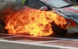 1920x1200 BTCC – Flaming Shedden