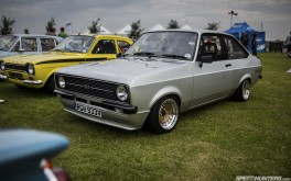 Ford Escort 1920x1200  Photo by Paddy McGrath
