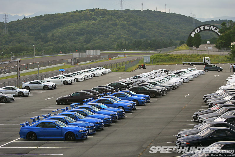 GT-R Heaven: R's Meeting 2012