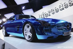 Paris-Expo-Motor-Show-2012-DT007
