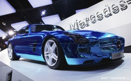 1920x1200 Mercedes-Benz SLS electricPhoto by Jonathan Moore