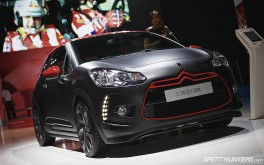 1920x1200 Citroën DS3Photo by Jonathan Moore