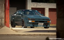 Chaydon Ford AE86 UK Desk 1