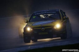 BTCC_Brands_Hatch_2012-DT004