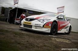 BTCC_Brands_Hatch_2012-DT009