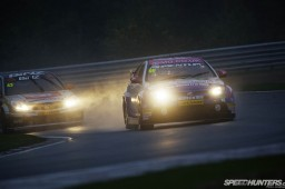 BTCC_Brands_Hatch_2012-DT013