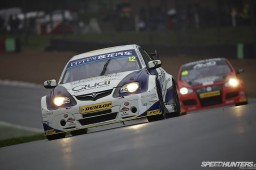 BTCC_Brands_Hatch_2012-DT019