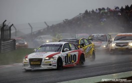 BTCC_Brands_Hatch_2012-DT023