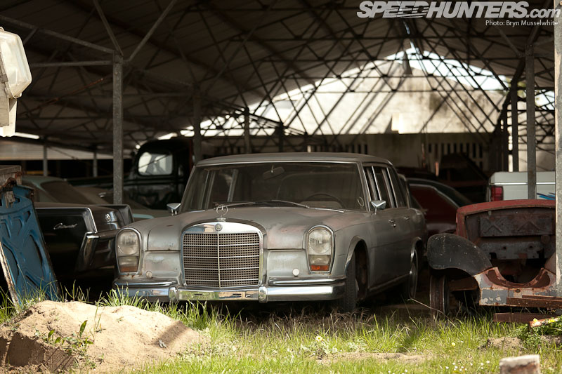 This isn 39 t a scrapyard it 39 s a museum speedhunters for Mercedes benz scrap yard