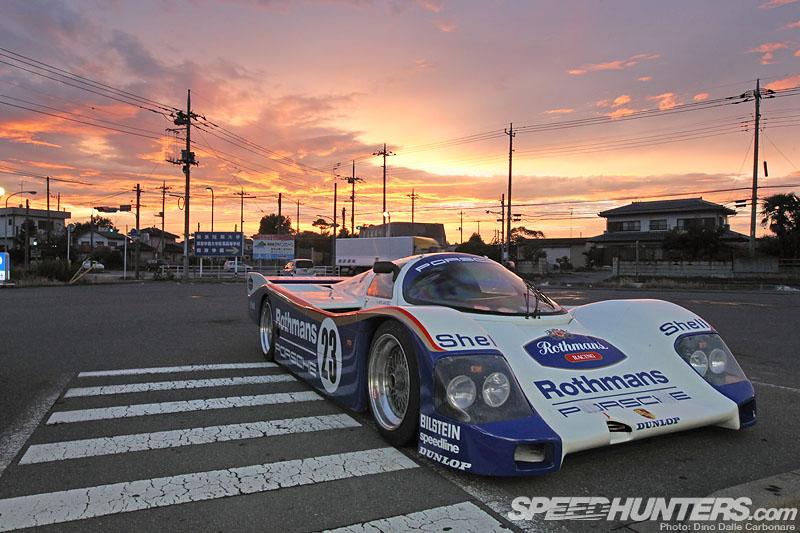 Porsche 962c Prowls TheStreets