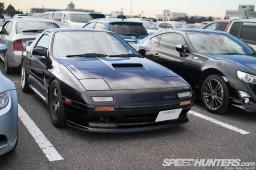 Tokyo-Auto-Salon-2013-Parking-Lot-16