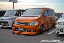 Tokyo-Auto-Salon-2013-Parking-Lot-17