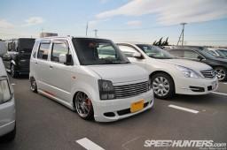 Tokyo-Auto-Salon-2013-Parking-Lot-22