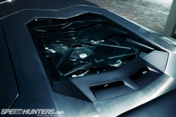 LB-Aventador-13