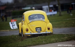 1920x1200 Race Retro VW Beetle 1300SPhoto by Jonathan Moore