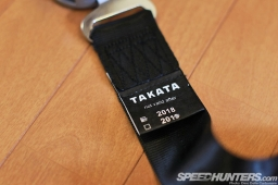 Takata-Fitting-SHR34-07