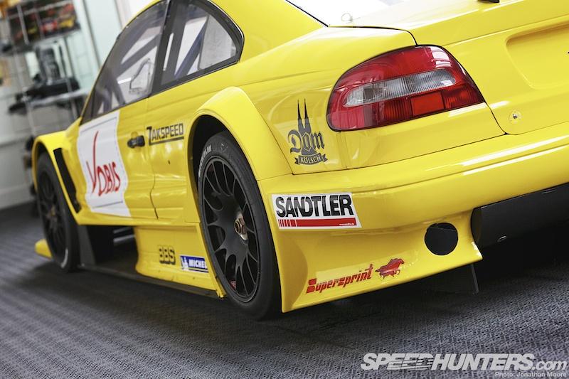 Zakspeed Racing: Build...