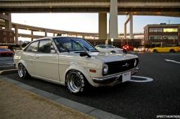 Nissan-Sunny-Desktop-03