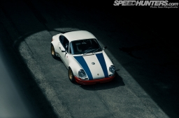 Magnus-Walker-911-STR-07