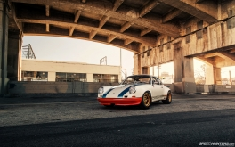 Magnus-Walker-911-STR-Desktop-01