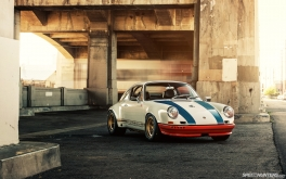 Magnus-Walker-911-STR-Desktop-02