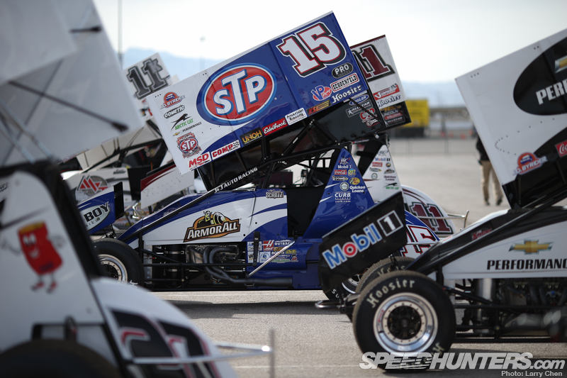 World Of Outlaws: The Art Of Dirt OvalRacing