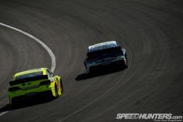 NASCAR-Fontana-03