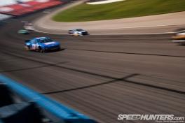 NASCAR-Fontana-05