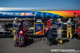 NASCAR-Fontana-15
