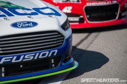 NASCAR-Fontana-35