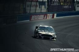 NASCAR-Fontana-47
