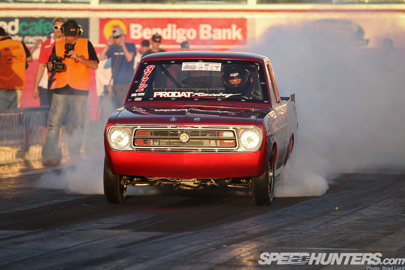 Picking Up 7s: A 900whp Datsun Drag Ute
