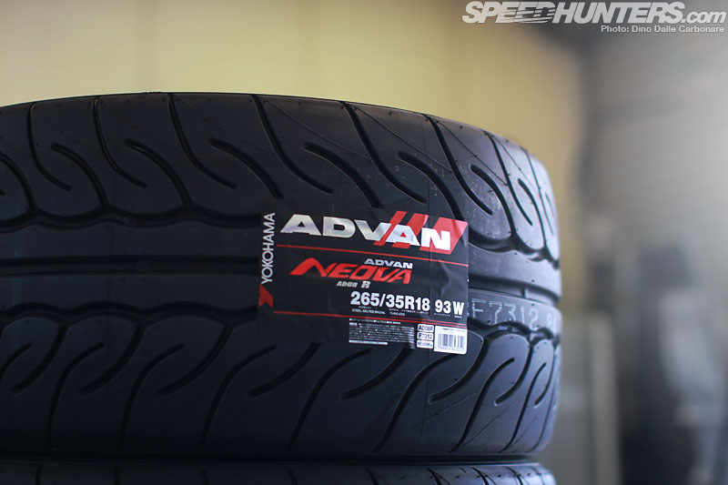 It's All About Rubber: Neova Ad08r Time Attack