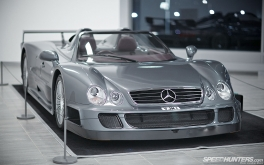 Mercedes-Benz_World-013