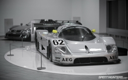Mercedes-Benz_World-014