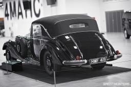 Mercedes-Benz_World-019