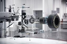 Mercedes-Benz_World-024