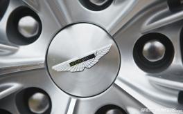1920x1200 Aston Martin VanquishPhoto by Jonathan Moore