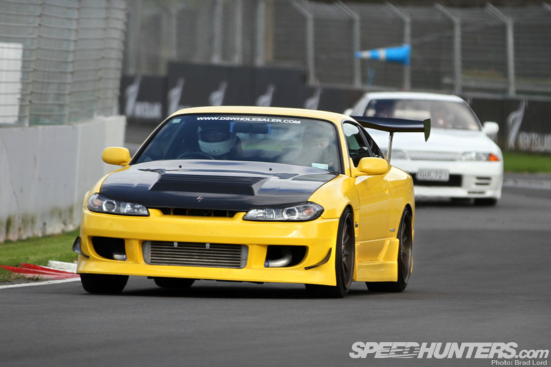 Sunday Drivers: Track Lapping NzStyle