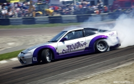 1920x1200 Lydden driftin'Photo by Jonathan Moore